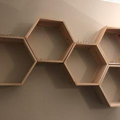 Set of 6 Medium Deep Hexagon Shelves, Honeycomb Shelves, Floating Shelves, Geometric Shelves