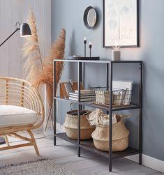 Ikea Shelving Unit, Ikea Shelves, Glass Shelving Unit, Ikea Living Room, Living Room Furniture, Living Room Shelf Decor, Ikea Vittsjo, Ikea Regal, Ikea Decor