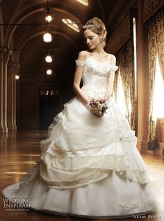 Google Image Result for http://www.weddinginspirasi.com/wp-content/uploads/2011/02/princess-wedding-dresses-with-sleeves.jpg