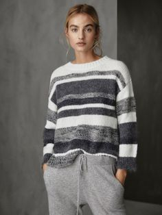 Women´s Svetry a kardigany at Massimo Dutti online. Enter now and view our Spring Summer 2019 Svetry a kardigany collection. Winter Sweaters, Sweater Weather, Sweaters For Women, Knit Fashion, Grey Fashion, Fashion Outfits, Pulls, Knitwear, Clothes