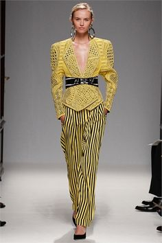 Balmain - Spring Summer 2013 Ready-To-Wear - Shows - Vogue.it (Yeah, reminiscent of 1930-40's--my FAVE ERA!)