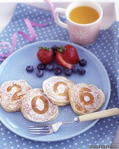 New Year's brunch! I love this idea for the boys. A change from the moster trucks and race car pancakes :) Martha Stewart - http://www.marthastewart.com/274680/new-years-for-everyone/@center/276958/holiday-entertaining#/194165