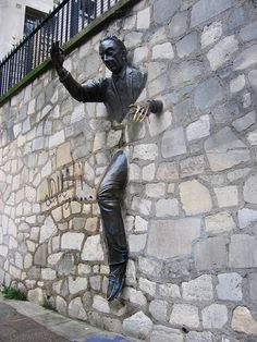 Le Passe-Muraille (the Passer-Through-Walls) in Montmartre