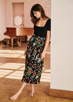 Look Fashion, Skirt Fashion, Fashion Outfits, Womens Fashion, Modest Outfits, Summer Outfits, Casual Outfits, Long Skirt Outfits, Style Parisienne