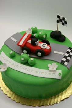 http://abeautifulkitchen.blogspot.com/search/label/Racing Car Cake Topper
