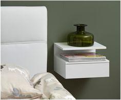 Muur-nachtkastje Ashlan van 1 zorgt voor een ontspannen nachtrust. Shop alle meubels en accessoires voor jouw slaapkamer bij >> WestwingNow Muur-nachtkastje Ashlan van gelakt mdf   WestwingNow