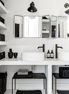 Idée décoration Salle de bain  Contemporary black and white bathroom via Bo Bedre