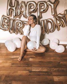 Fotoidee Birthday photos Which Future For South-east Queensland? 30th Birthday Themes, 30th Birthday Ideas For Women, Happy Birthday Bunting, Birthday Goals, 28th Birthday, Golden Birthday, Happy Birthday Balloons, Birthday Woman, Turtle Birthday