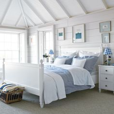 Beachy bedroom ideas alluring master bedroom ideas best ideas about beach bedroom decor on beach beach bedroom paint ideas Seaside Bedroom, Beach House Bedroom, Nautical Bedroom, Coastal Bedrooms, Coastal Living Rooms, Home Bedroom, Bedroom Furniture, Coastal Bedding, Fireplace Furniture