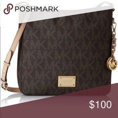 Michael Kors bag MICHAEL KORS messenger bag. Used/good condition. Offers welcome. Michael Kors Bags Crossbody Bags
