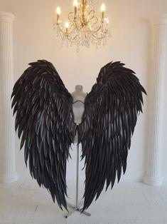 Black Angel Costume, Angel Wings Costume, Cosplay Wings, Black Wings Costume, Angel Halloween Costumes, Halloween Kostüm, Adult Costumes, Angel Wings Halloween, Halloween Cosplay
