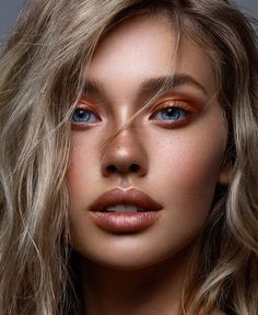 🦁🦁🦁 Hanashki Hana master of Make-up Jose Corella h . - Make-up Inspiration + Produkte - Makeup Makeup Goals, Makeup Inspo, Boho Makeup, Makeup Blog, Beauty Make Up, Hair Beauty, Make Up Inspiration, Fashion Inspiration, Fashion Trends