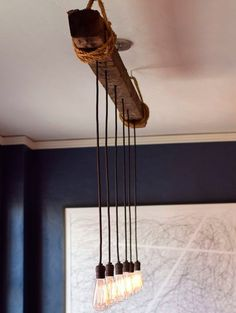 Looking for kitchen lighting ideas? Check out our gallery featuring Beautiful Kitchen Lighting Ideas and find the inspiration for your kitchen! Rustic Light Fixtures, Rustic Lighting, Kitchen Lighting, Lighting Ideas, Patio Lighting, Diy Luz, Lampe Retro, Old Ladder, Industrial Pendant Lights