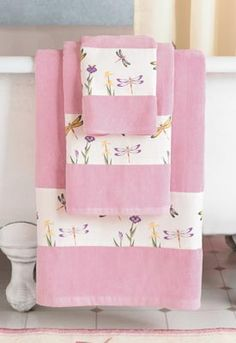 Tutorial Showing How To Add Fabric Trim To Bath Towels Sewing - Embellished towels for small bathroom ideas