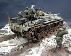 Dioramas and Vignettes: StuG III in action