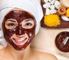 Pamper yourself in your own chocolate spa staycation with DIY Chocolate facial, sugar scrub, and hair treatment recipes. Chocolate Facial, Chocolate Face Mask, Dry Skin Remedies, Natural Remedies, Health Remedies, Facial Skin Care, Natural Skin Care, Facial Masks, Lr Aloe Vera Gel
