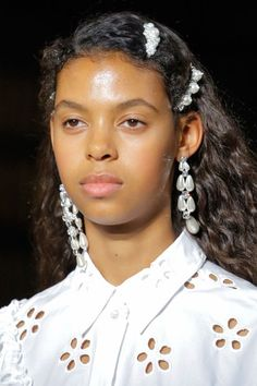 Simone Rocha Spring 2018 Ready-to-Wear Collection - Vogue