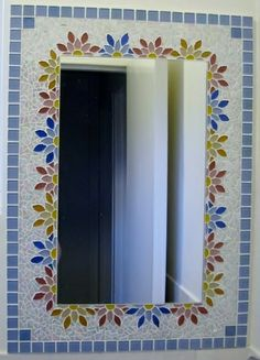 Mirror I made for one of our bathrooms Mosaic Tile Table, Mirror Mosaic, Diy Mirror, Mosaic Wall, Mosaic Glass, Stained Glass, Mosaic Crafts, Mosaic Projects, Mosaic Designs