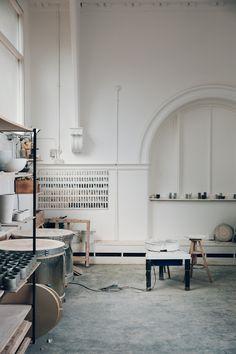 Inside the Glasgow studio of ceramicist Jono Smart. © Haarkon 2017