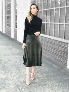a9f2dfe3e0 Olivia velvet pleated skirt