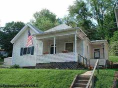 402 Cliff Ave, Fairmont, WV 26554 - Home For Sale and Real Estate Listing - realtor.com®