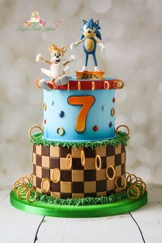 Sonic :) - cake by Lidiya's Sweet Kitchen Bolo Sonic, Sonic Cake, Video Game Cakes, Video Games, Sonic Party, Caillou, Little Pigs, Cake Decorations, Baking Ideas
