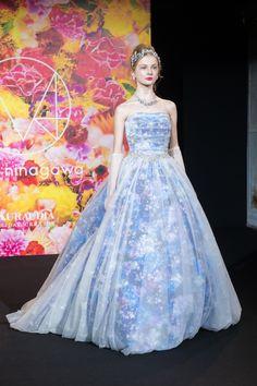 蜷川実花が手掛けるブランド「M / mika ninagawa」からウエディングコレクションデビューの写真21
