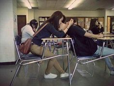 cute for high school sweethearts! Imagine this in a feild or something