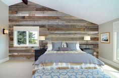 Wooden accent wall bedroom contemporary ranch contemporary bedroom home design ideas for small spaces Feature Wall Bedroom, Accent Wall Bedroom, Feature Wall Design, Interior Walls, Interior Design, Luxury Interior, Interior Ideas, Modern Interior, Bedroom Wall Designs