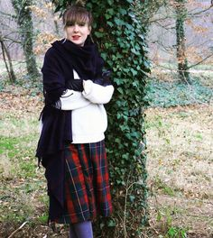 New creation and it's on my blog. Very wintery and warm. And I feel like Scottish nobility when I wear it. #tartan #DIY #diy #sewing #sewin #sewaholic #sewingbee #skirt #pattern #tartanskirt #winter #cosy #doityourself #handmade #relax #paris #creative #creation