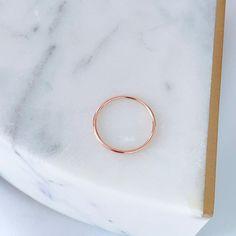 1mm plain simple 14k gold ring - White gold / 5.5