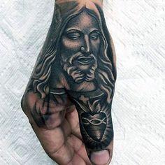 Tatuajes cristianos para hombre en mano.