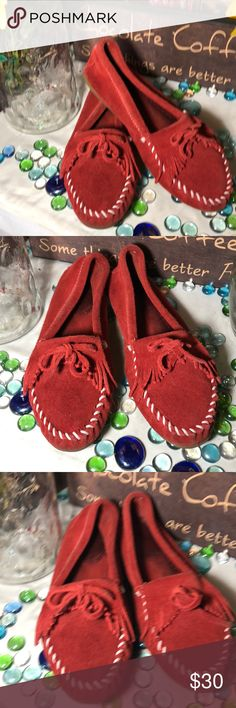 Minnetonka Suede Moccasins Sz 9 vibrant red- good condition- genuine suede- no damage- soles in good shape- very nice moccasins Minnetonka Shoes Moccasins