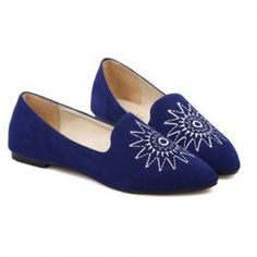$11.57 Casual Women's Flat Shoes With Embroidery and Pointed Toe Design