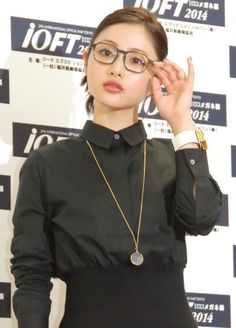 画像・写真|『第27回日本メガネベストドレッサー賞』の表彰式に出席した石原さとみ(C)ORICONNewSinc. 1枚目