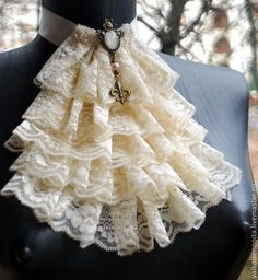 Ruffle neck piece-I would like to add a drop down Key Lace Collar, Collar And Cuff, Dress Dior, Sewing Collars, Estilo Lolita, Gothic Mode, Mode Costume, Steampunk Accessories, Neck Piece