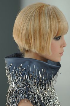Chanel Haute Couture Fall 2008. Awesome dress detail and haircut. thank you cut this crap off