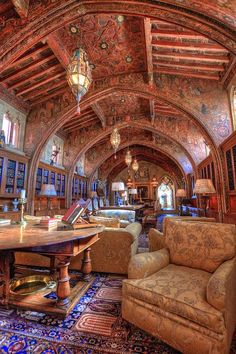 Gothic Study at Hearst Castle, San Simeon, California, Julia Morgan architect Beautiful Library, Dream Library, Architecture Design, Amazing Architecture, Library Architecture, Mansion Homes, San Simeon, Home Libraries, Kirchen