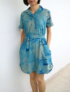 How to do shibori dyeing on your old clothes. It's easy! Textiles, Art Textile, Old Clothes, Simple Living, It's Easy, Shibori, Refashion, Design Your Own, Craft Ideas