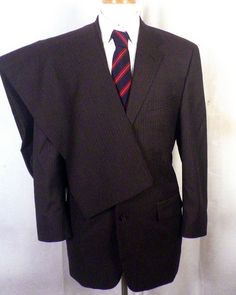 euc Alfani Brown Pinstriped 100% Wool Men's 2 Pc Business Suit 3 Button sz 41 R #OscardelaRenta #TwoButton