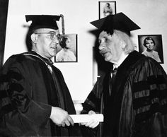 Albert Einstein: Horace Mann, the president of Lincoln University, the first institute to provide higher learning for African-Americans, presents Albert Einstein with an honorary degree in 1946. (Photo:  Bettmann/Corbis)