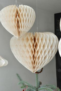 Small Ivory Honeycomb Paper Heart | DotComGiftShop