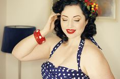 Daily Outfit – Polka Dot Vintage Dress Day and my DIY fruity headpiece