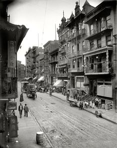"New York circa 1900. ""Chinatown -- Mott Street."""