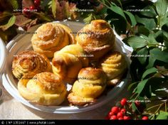 http://www.photaki.com/picture-sweet-cakes-on-the-plate-outside-kirn_1351667.htm