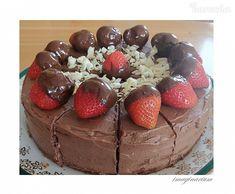 Jemná oriešková torta s parížskou šľahačkou (bez múky) - recept | Varecha.sk Gluten Free Desserts, Tiramisu, Deserts, Cake, Ethnic Recipes, Food, Fitness, Pie Cake, Gymnastics
