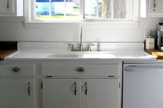 Image of: Apron Front Kitchen Sink With Drainboard