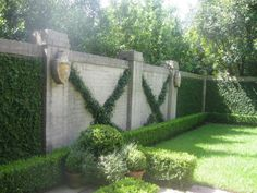 After a Nashville wedding (Congratulations Mr. and I landed in New Orleans. A week of delicious food, morning stro. Fresco, Landscape Design, Garden Design, House Landscape, Outdoor Spaces, Outdoor Living, Boxwood Garden, Fast Growing Plants, Garden Inspiration