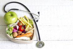 Una nuova dieta anticancro mima il digiuno: sarà efficace?