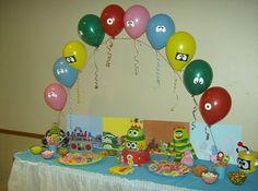 Balloon Arch- yo gabba gabba party